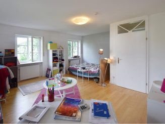 Großzügiges Einfamilienhaus in ruhiger und dennoch zentraler Lage von Oberhaching