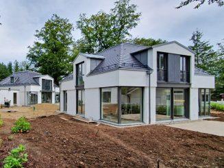Neubau von drei modernen und hochwertigen Einfamilienhäusern in bester Lage von Grünwald