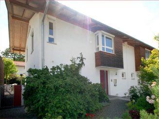 Zwei Doppelhaushälften in bester Lage von 82041 Deisenhofen