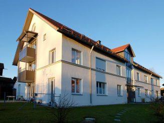 Wohn- und Geschäftsgebäude im Zentrum von 82041 Deisenhofen