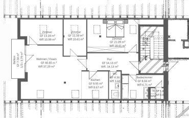 Erstbezug nach Renovierung! 4-Zimmer Dachgeschosswohnung mit Süd-West Balkon