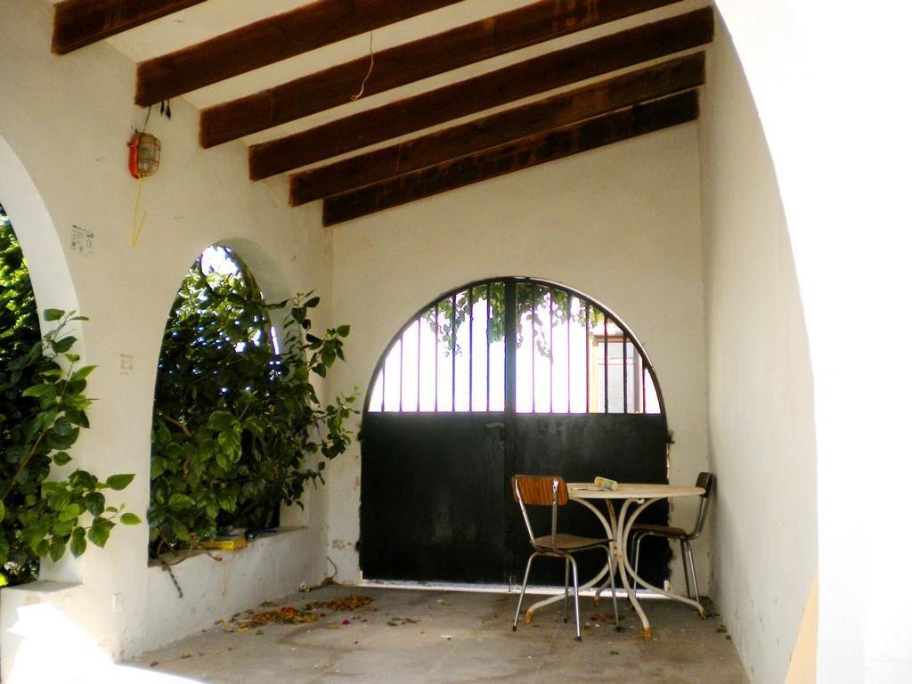 einfamilienhaus mit innenhof am hafen von cala ratjada mallorca ritter bautr ger. Black Bedroom Furniture Sets. Home Design Ideas