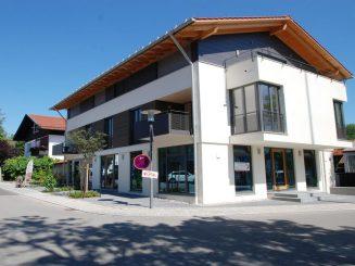 Mehrfamilienhaus im Zentrum von 82041 Deisenhofen