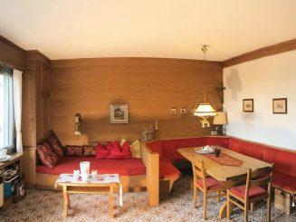 Gepflegtes Einfamilienhaus direkt am See mit Privatsteg in Lazise / Gardasee