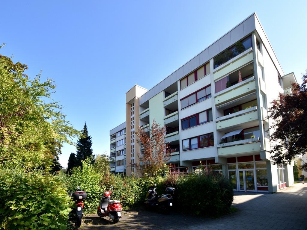 1-Zimmer-Etagenwohnung mit schöner West-Loggia in Unterhaching