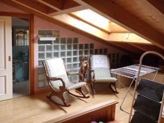 Neuwertige, möblierte 4-Zimmer-Wohnung in Garda / Gardasee / Italien
