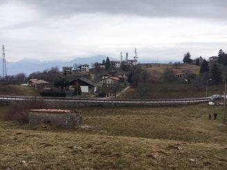 Renovierungsbedürftiges Rustico in Panoramalandschaft am Monte Baldo in Prada / Gardasee/ Italien